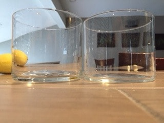 Comparison of the thickness of two drinking glasses.